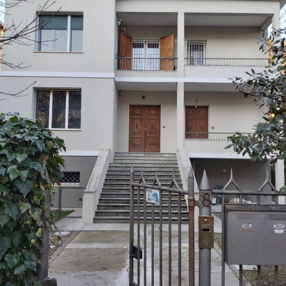 Rifacimento facciata palazzina Via Mascagni